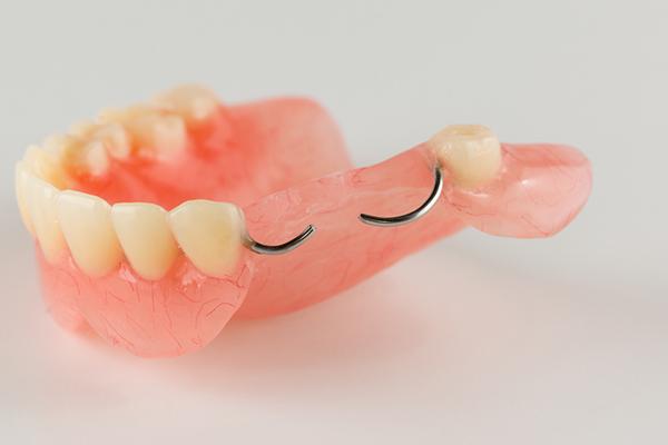 Acrylic-Partial-Denture